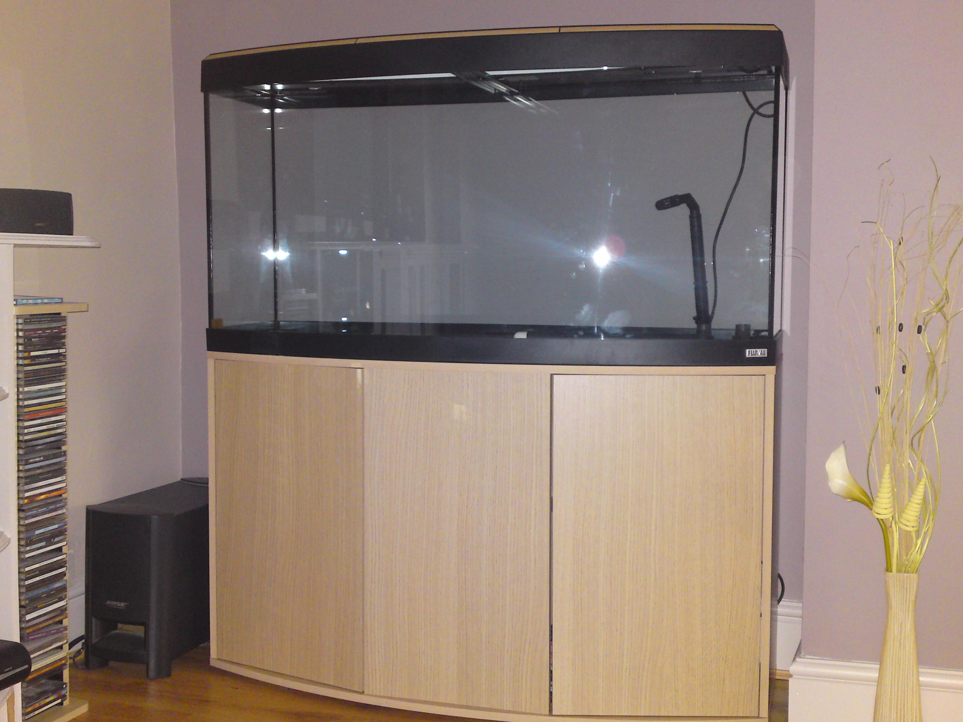 tank examples fluval vicenza 260. Black Bedroom Furniture Sets. Home Design Ideas